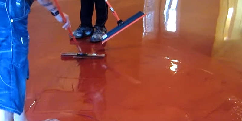 Aplicando suelo de resina epoxi barato baratos precio precios online barata baratas