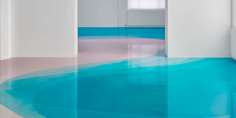 Suelo de resina epoxi de varios colores