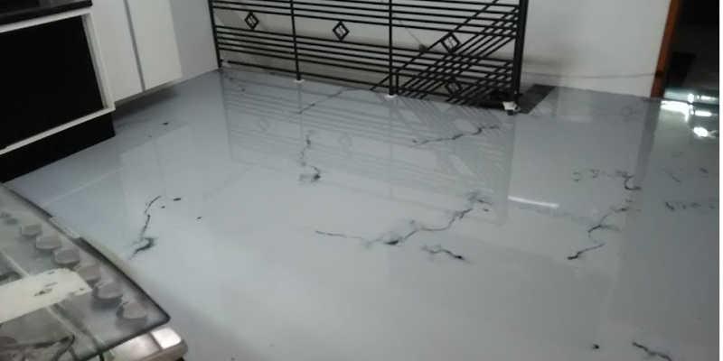 Suelo de porcelanato líquido epoxi